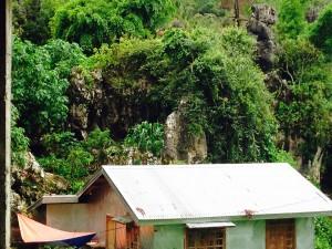 Road sights: House, hammock, rocks